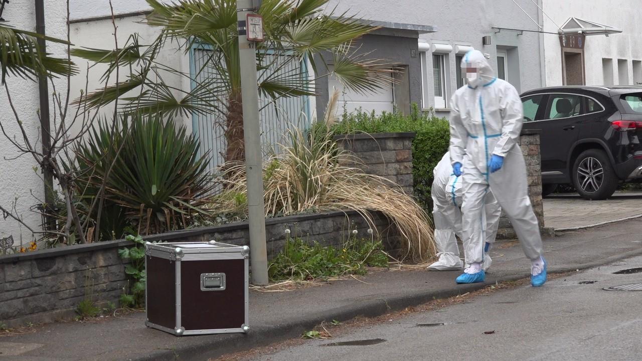 NonstopNews - 25-jährige Frau wird tot in Wohnung gefunden